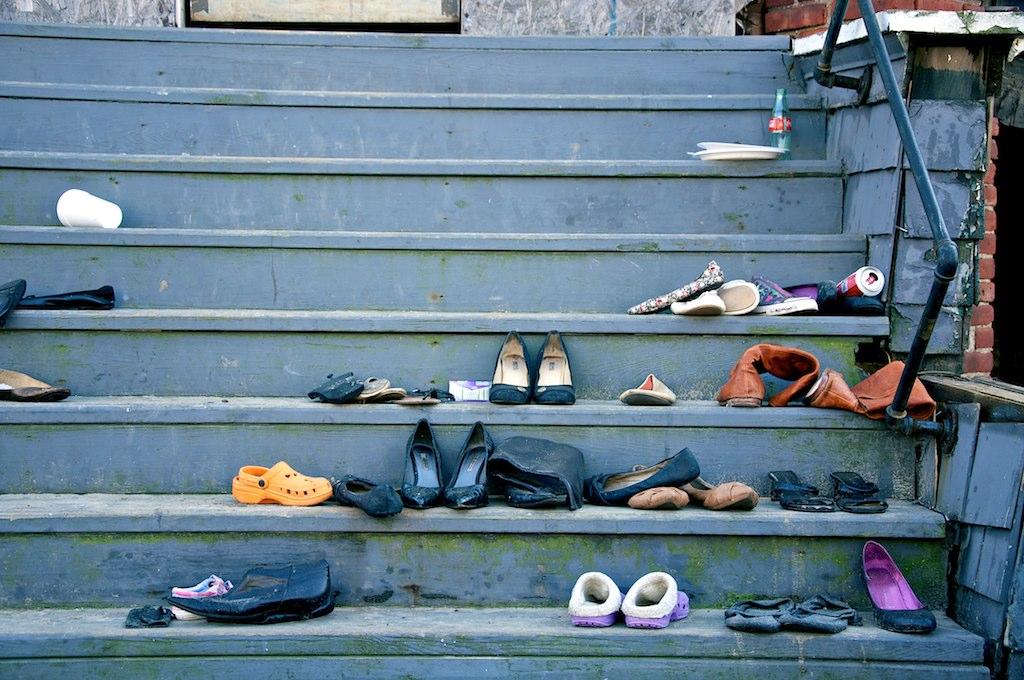 Beitragsbild: Geschmacklose Modesünden Schuhe