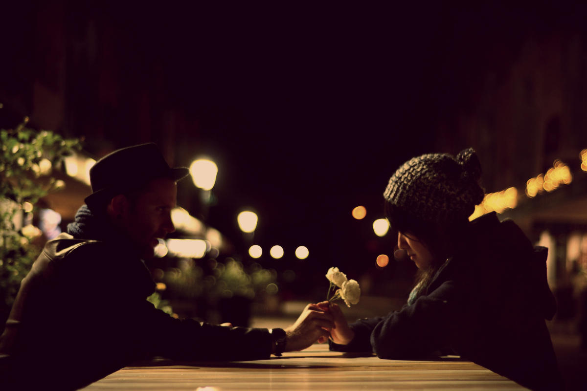 Beitragsbild: Diese Fragen sind beim ersten Date tabu