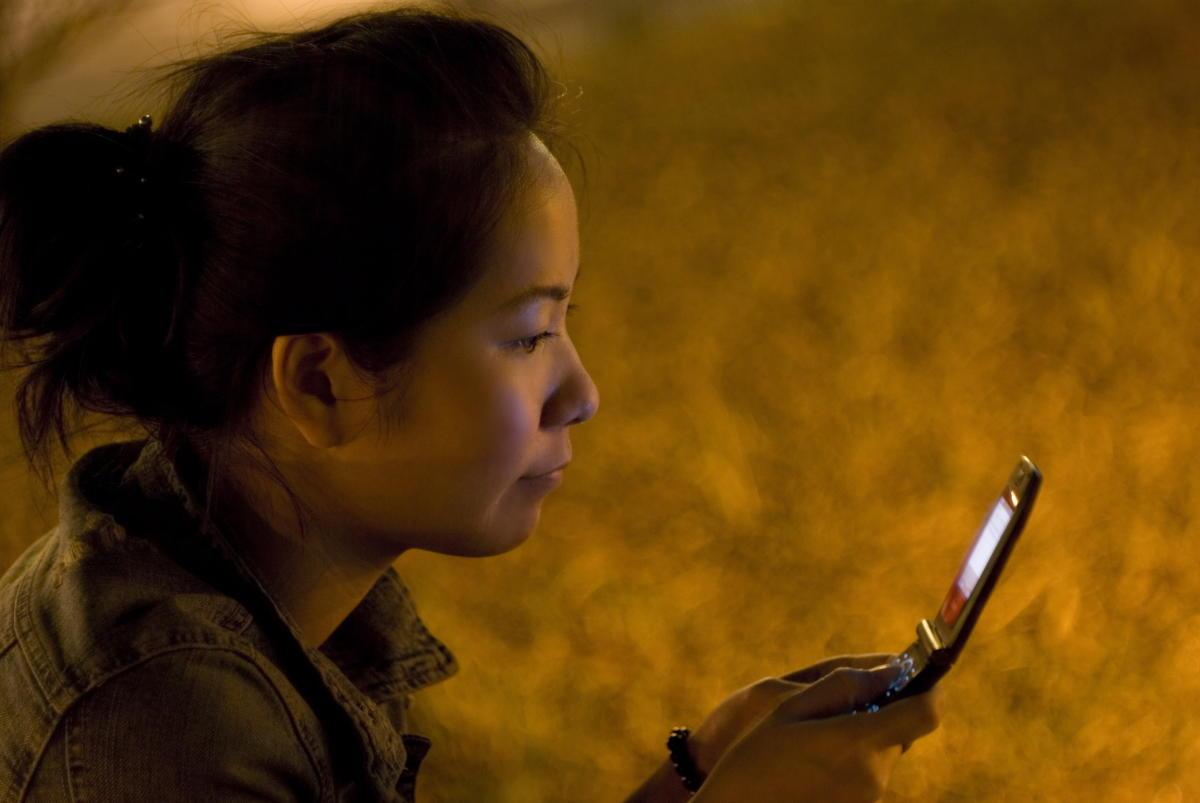 Beitragsbild: Wie viel Zeit darf man sich für eine Whatsapp-Antwort lassen?