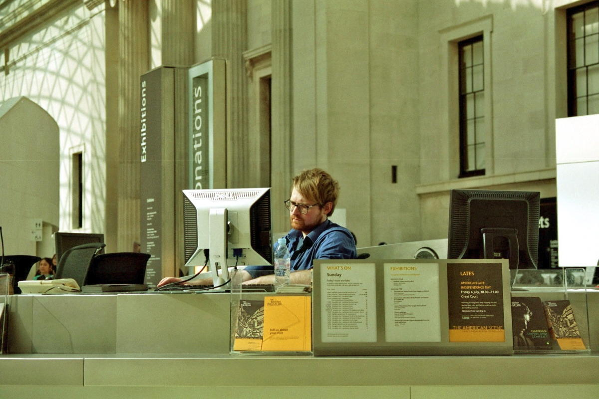 Beitragsbild: 7 Anzeichen, warum Du zu smart für Deinen Job bist