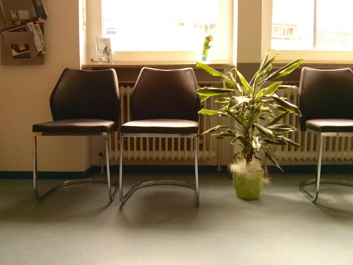 Beitragsbild: Spontane Genese im Wartezimmer